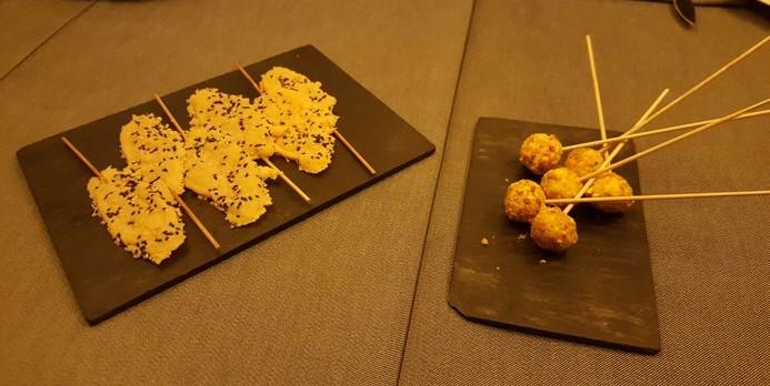 Piruletas de queso