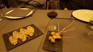 Ospi restaurant:: piruletas de parmensano