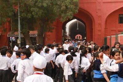 Nuestro Viaje a la India Nueva Delhi: Fuerte Rojo gente