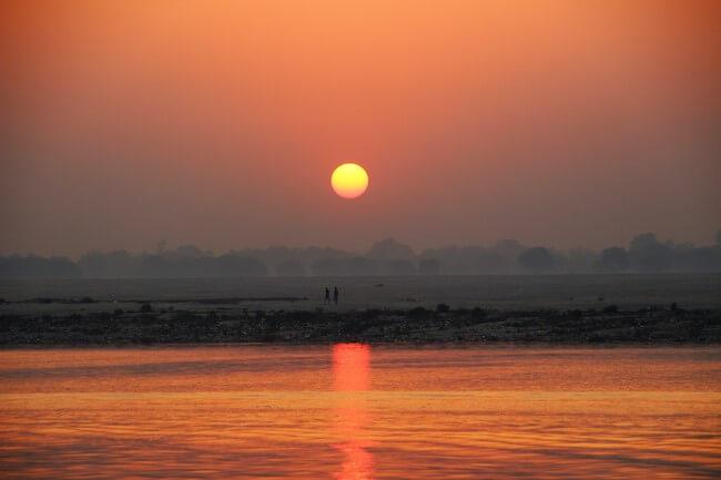 Puesta de sol Ganges, Varanasi 2016