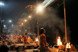 Aarti, ceremonia Ganges Varanasi