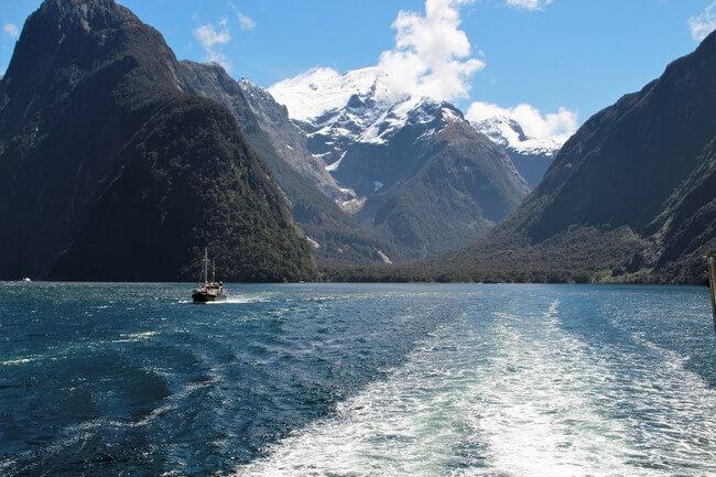 Increíbles fiordos en Milford Sound