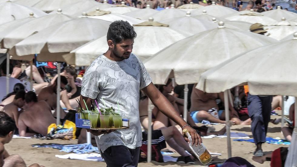Los mojitos de las playas, ilegales y con bacterias fecales