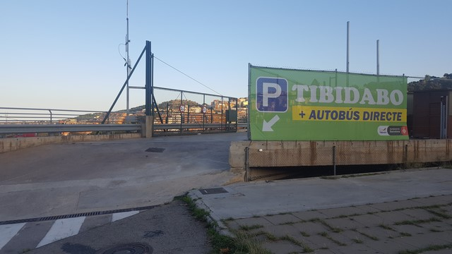 Tibidabo Barcelona: Parking Vall d'Hebron