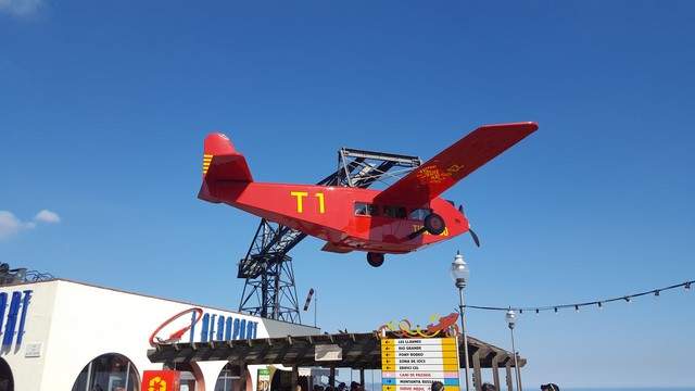 Tibidabo Barcelona: el avión