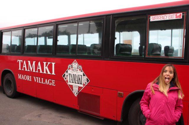Tamaki Maori Village Autobus