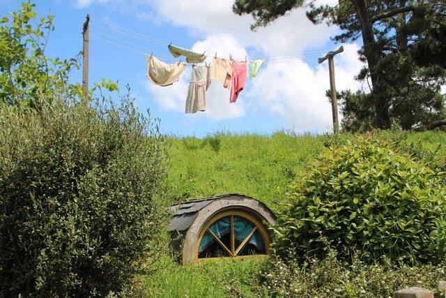Hobbiton detalles ropa tendida