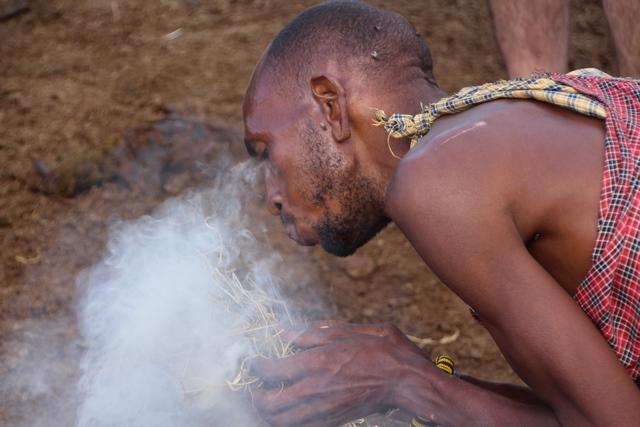 Tribu Masai, fuego conseguido