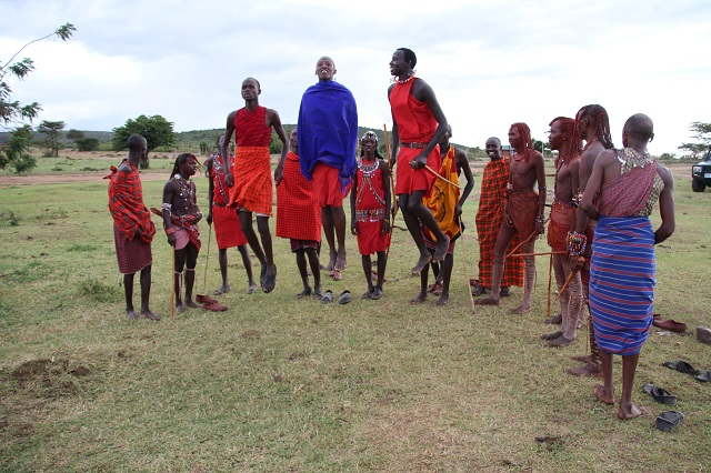Tribu masai saltos