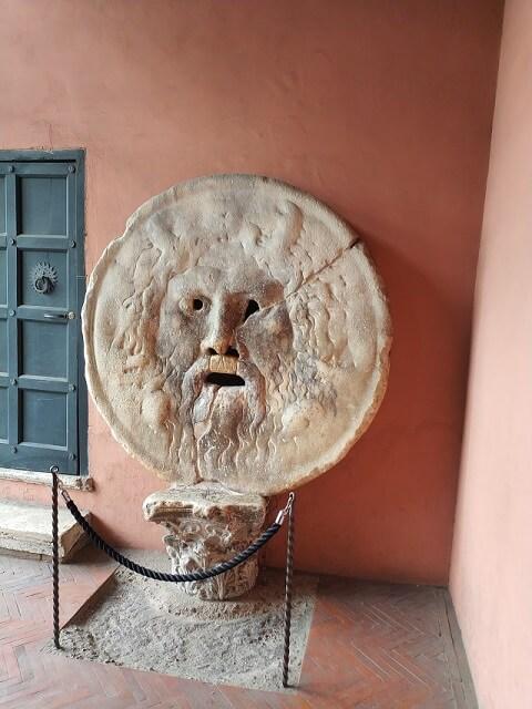 Tres dias en Roma, Boca de la Verita
