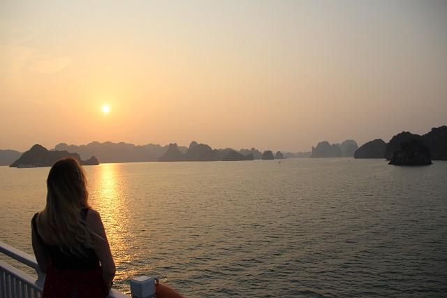 Bahia de Halong, Paradise Cruise