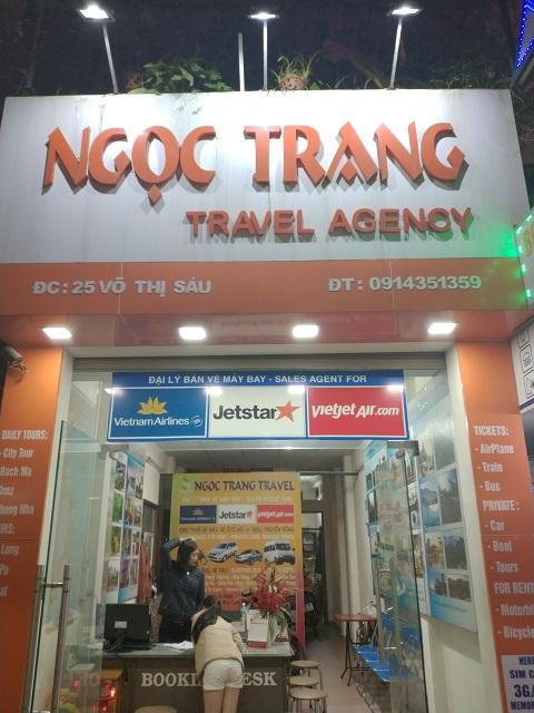 Agencia de viajes en Hué, Vietnam