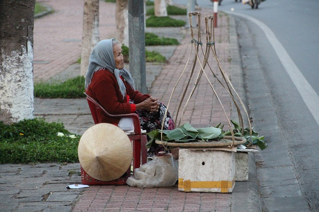 Puesto callejero en Hué