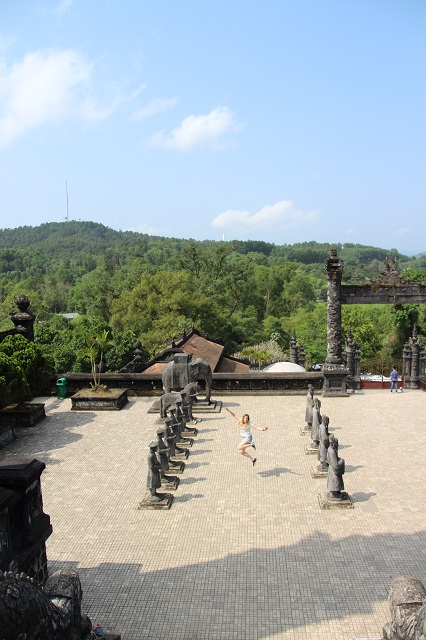 Que ver en Hue, Tumba Imperial Khai Dinh