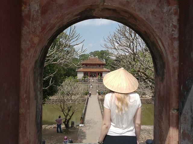 Tumba imperial Minh Mang 2