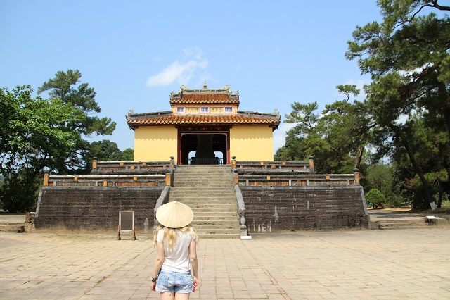 Tumba imperial Minh Mang 3