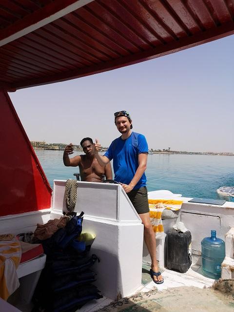 Snorkel barco privado en el Mar Rojo