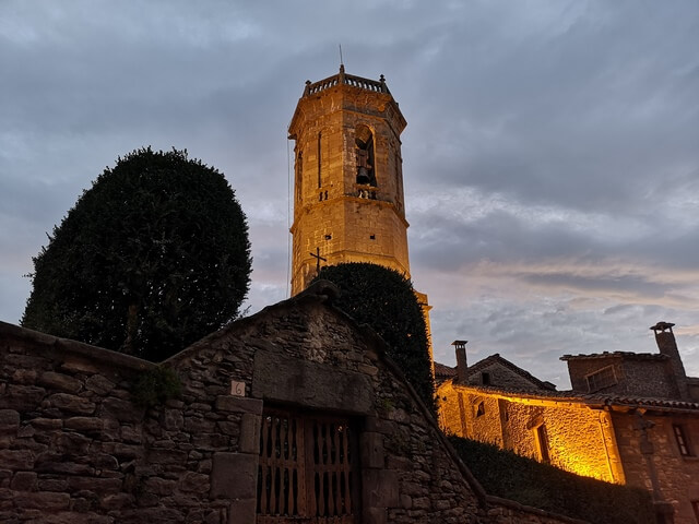 El Fossar y Iglesia de Sant Miquel