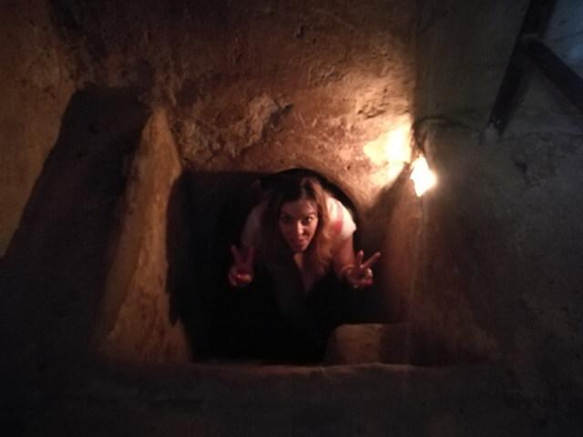 Entrada para turistas tuneles de cuchi