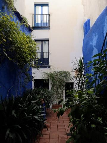 Patio Azul Sitges