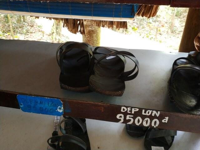 Sandalias de soldados Vietcong