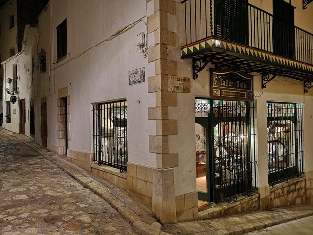 Tiendas casco antiguo Sitges