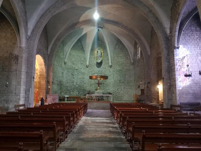 Iglesia de Santa María de Camprodón interior