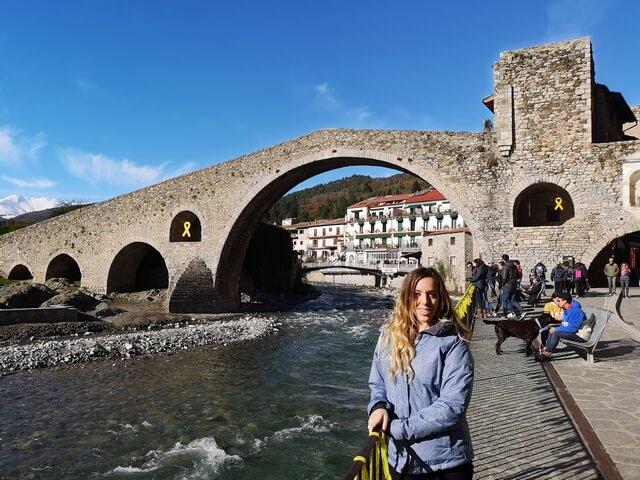 Judit en Pont Nou de Camprodón