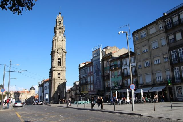 Iglesia y Torre de los Clerigos Oporto