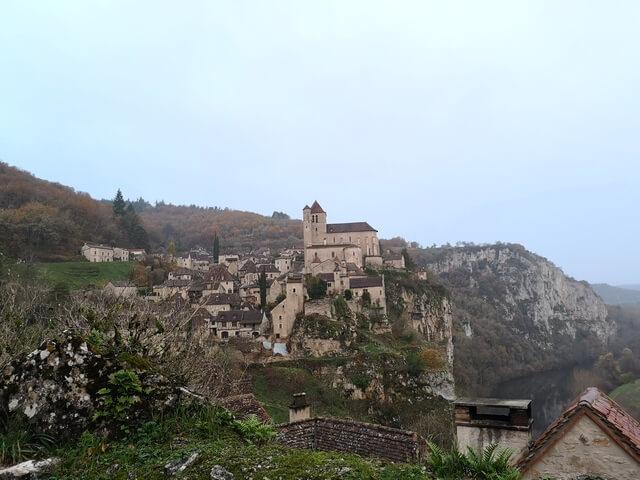 Saint Cirq Lapopie Midi Pyrenees