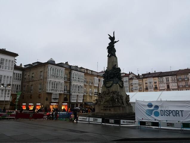 Plaza Virgen Blanca Vitoria