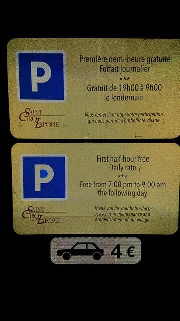 Precio parking saint cirq lapopie