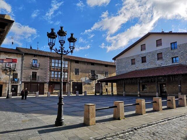 Salvatierra, Plaza de Santa Maria