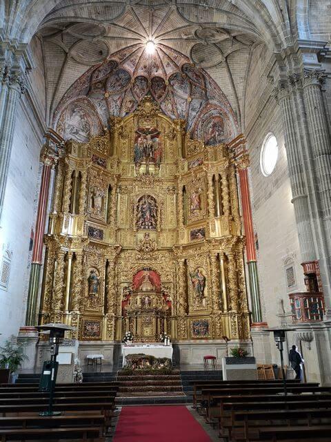Samaniego interior iglesia