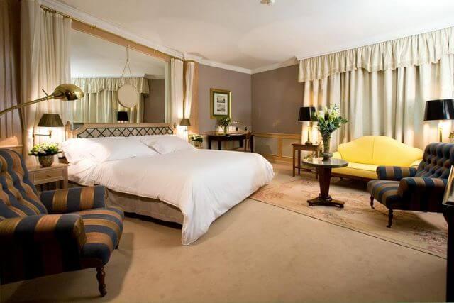 Hoteles y hostales para visitar Zaragoza