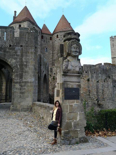 Entrada murallas Puerta Narbona