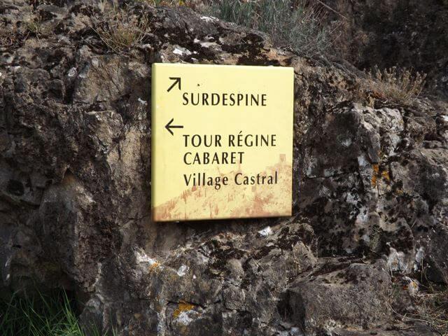 Caminos bien señalizados en Lastours