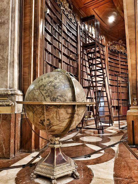 que ver en Viena biblioteca nacional