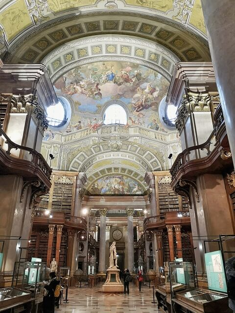 Que ver en Viena Biblioteca Nacional Austriaca