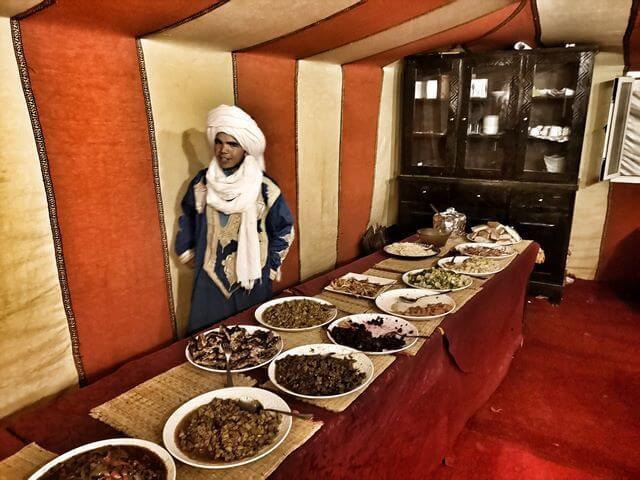 Cena Nomad Palace Merzouga Marruecos