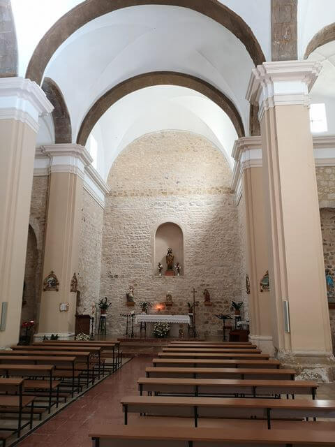 Iglesia Santa Magdalena Interior Arnes