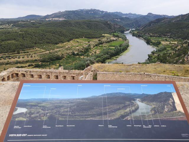 Vistas alto castillo de Miravet