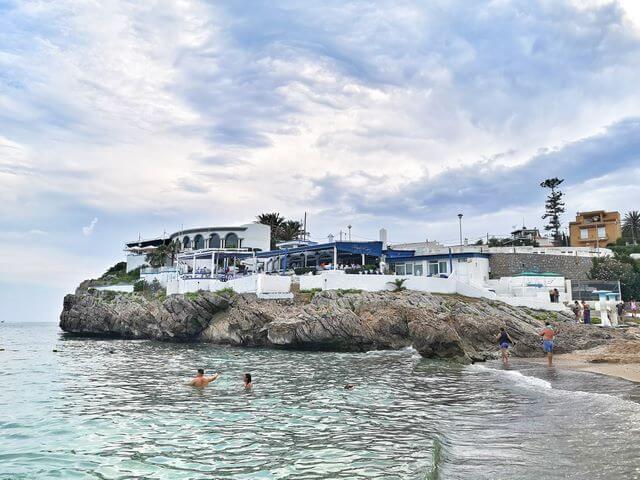 La Cupula del Garraf des de la Playa