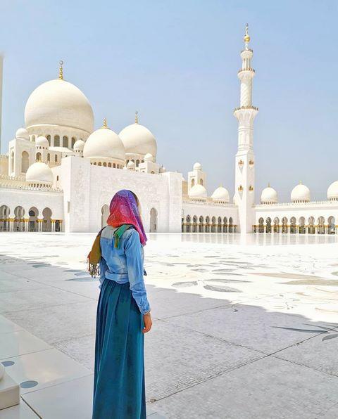 Escala Abu Dhabi y Dubai - Abu Dhabi