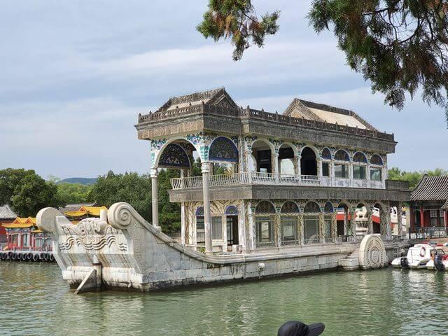 barco de marmol palacio de verano