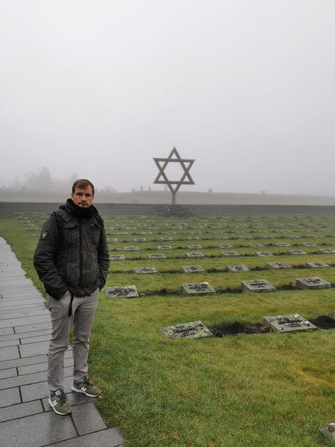 Cementerio Campo concentracion de Praga terezin