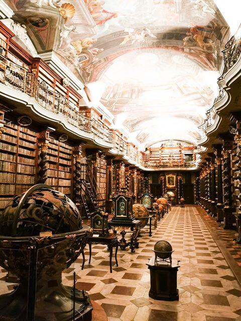 Biblioteca Barroca Clementium