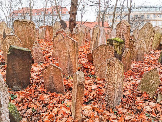 Cementerio judio incluido en Prague Card