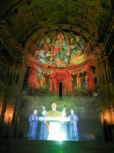 Presentacion en hologramas Mon Sant Benet