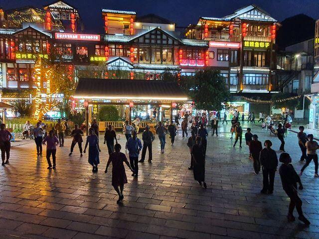 Wulingyuan, el pueblo de nuestro hotel